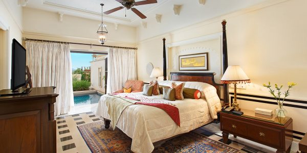 Come across with the special facilities of five star hotels